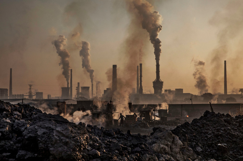 China slows climate change efforts after economic planners prioritise growth