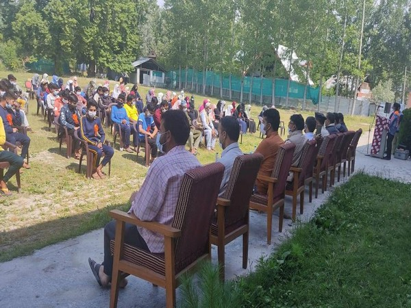 J-K Youth Forum organises one-day conference on 'Philosophy of Sufism' in Budgam