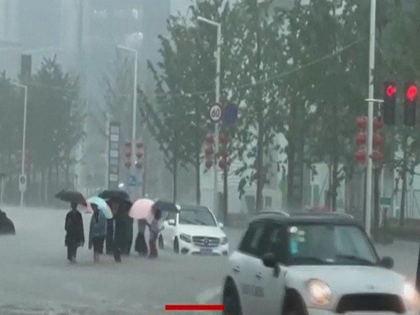 Deadly floods sweep central China, Xi describes situation as 'very severe'
