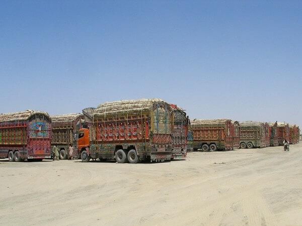 अफगानिस्तान का आर्थिक पुनरुद्धार: कोई राह  नहीं