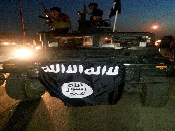 हालिया आतंकी हमला दिखाता है कि आईएसआईएस को युद्धक्षेत्र में हराने से मुश्किल है ऑनलाइन हराना
