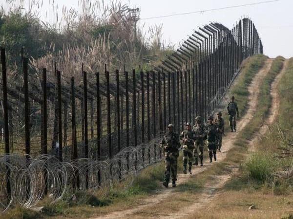 Pak terrorists planning something 'big' in Kashmir: Intelligence sources