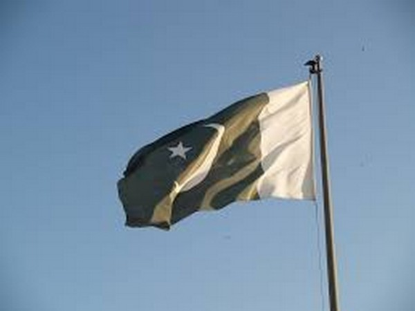 Pressure on Pakistan grows as Taliban advance in Afghanistan