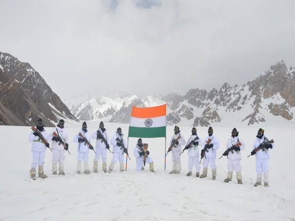 Swarnim Vijay Flame reaches Siachen Glacier to commemorate 50 years of victory