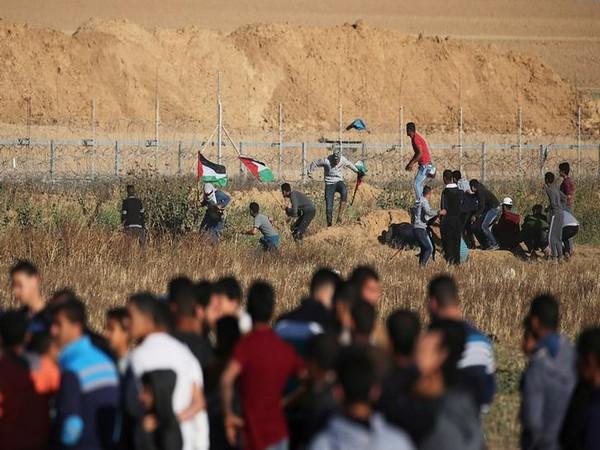 20 injured in Palestinian demonstration near Gaza-Israel borders: Medics