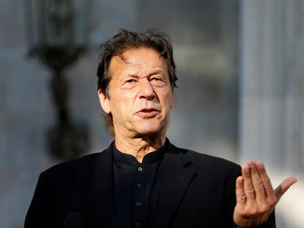 इमरान खान के असंतोष की सर्दी आ रही है