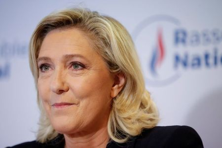 France's Le Pen proposes referendum on immigration if elected president