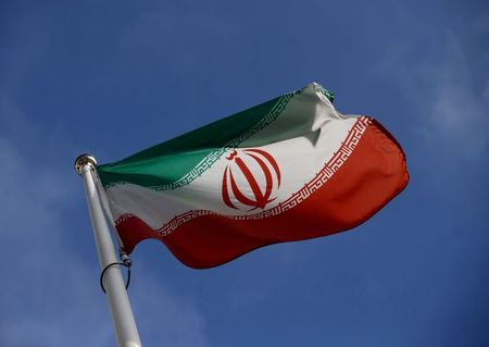 Iran's navy thwarts pirate attack on Iranian tanker -report