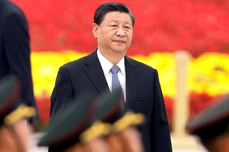China's Xi, Japan's new PM hold first talks, agree on need for dialogue